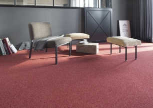 400B_RoomSet_carpet_Kaviar_570_RED_1